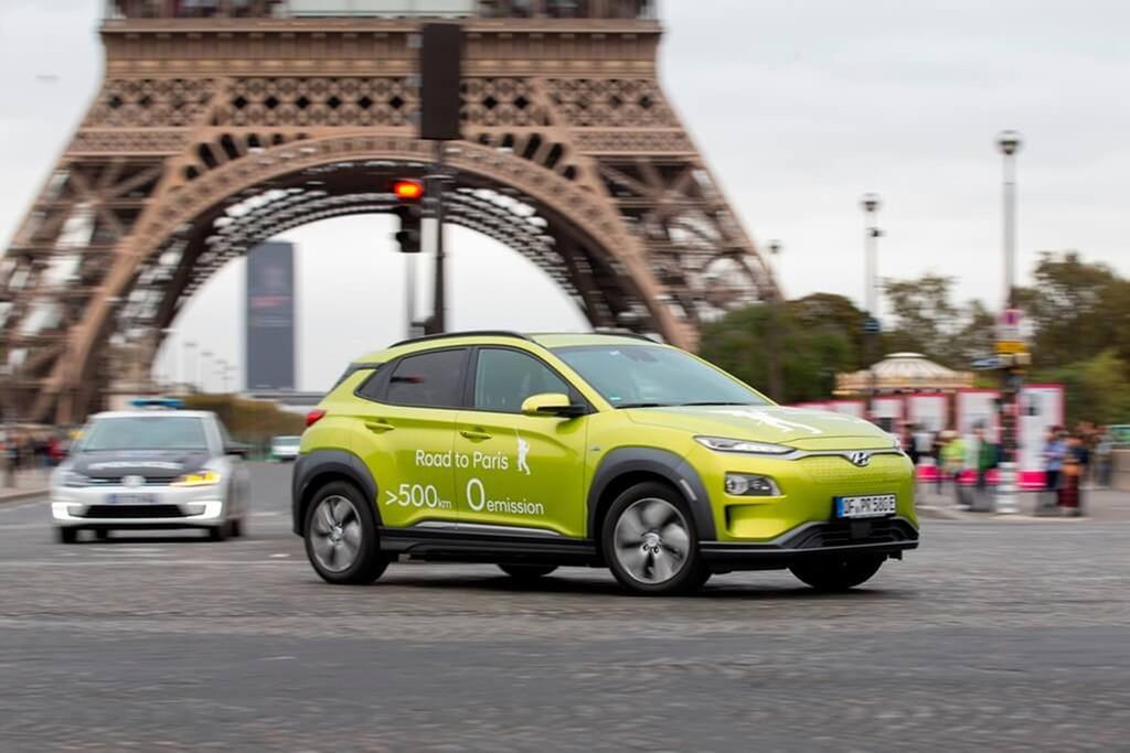 Hyundai Kona Elektro auf der Tour Paris - Frankfurt.