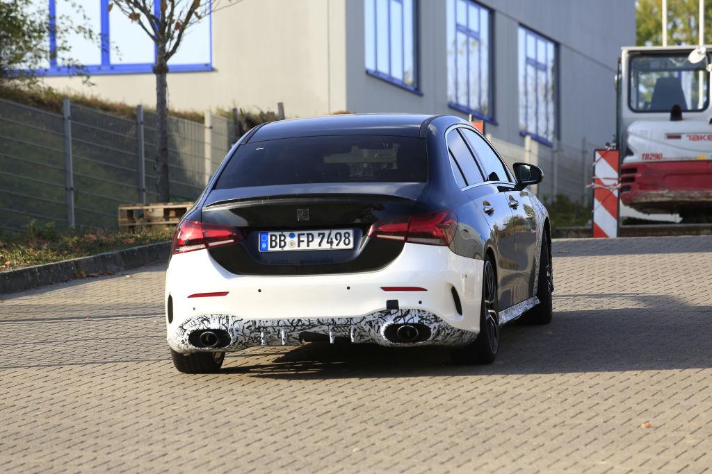 Mercedes-AMG A35.