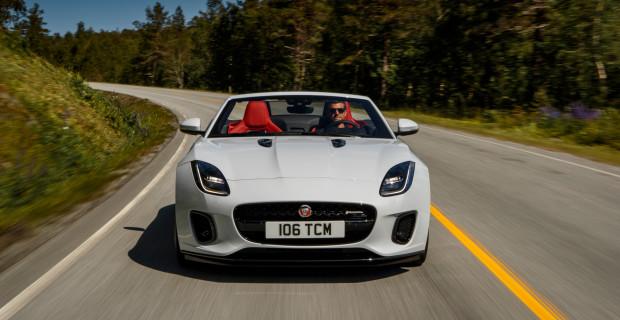 Das Jaguar F-Type Cabrio ist auch mit Vierzylindermotor ein faszinierendes Sportgerät.