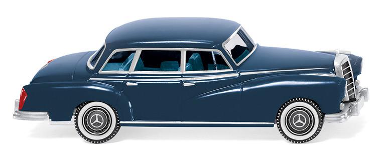 Mercedes-Benz 300 von Wiking (1:87).