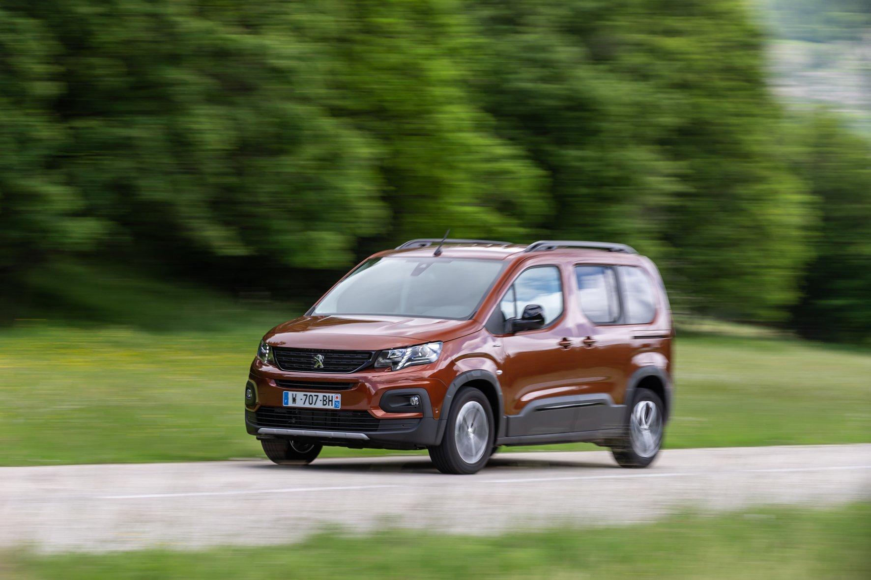 Hochdachkombi mit viel Platz und Komfort: der Peugeot Rifter.