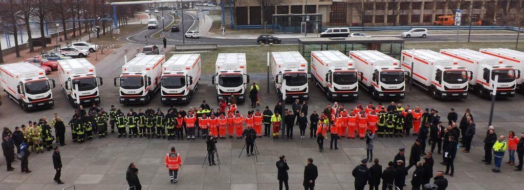 Das Land Sachsen hat in Dresden die ersten 14 von geplanten 33 Iveco Eurocargo für den Katastrophenschutz übernommen.