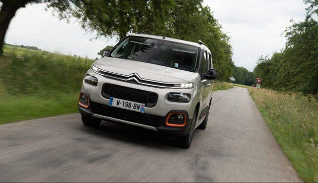Mit der dritten Generation des Berlingo hat Citroen einen reinrassigen Familien-Van im Programm. Der Hochdachkombi ist ab 19.090 Euro zu haben, die Top-Version