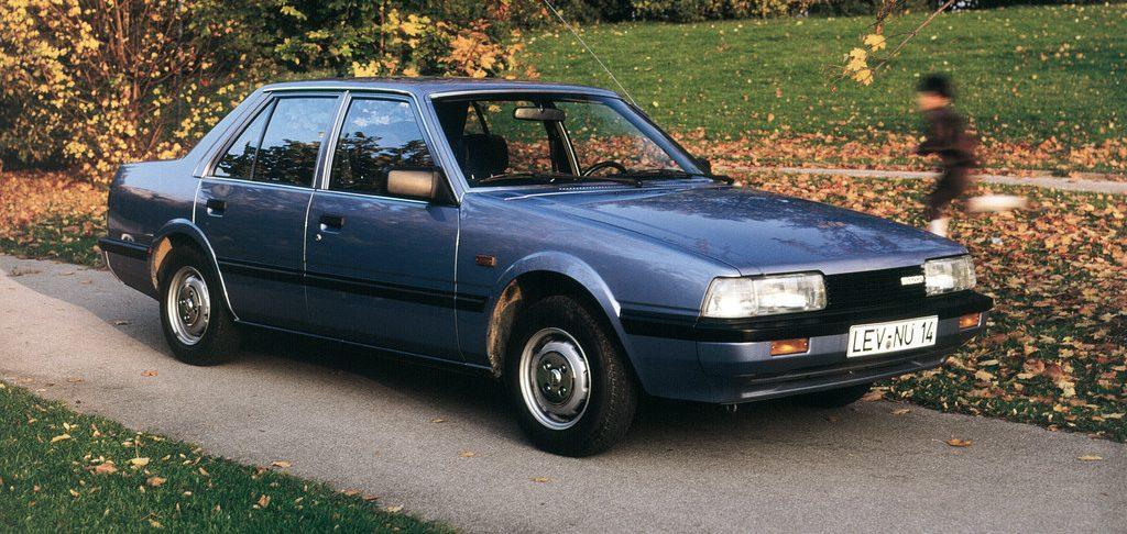 Mazda 626 (1983).