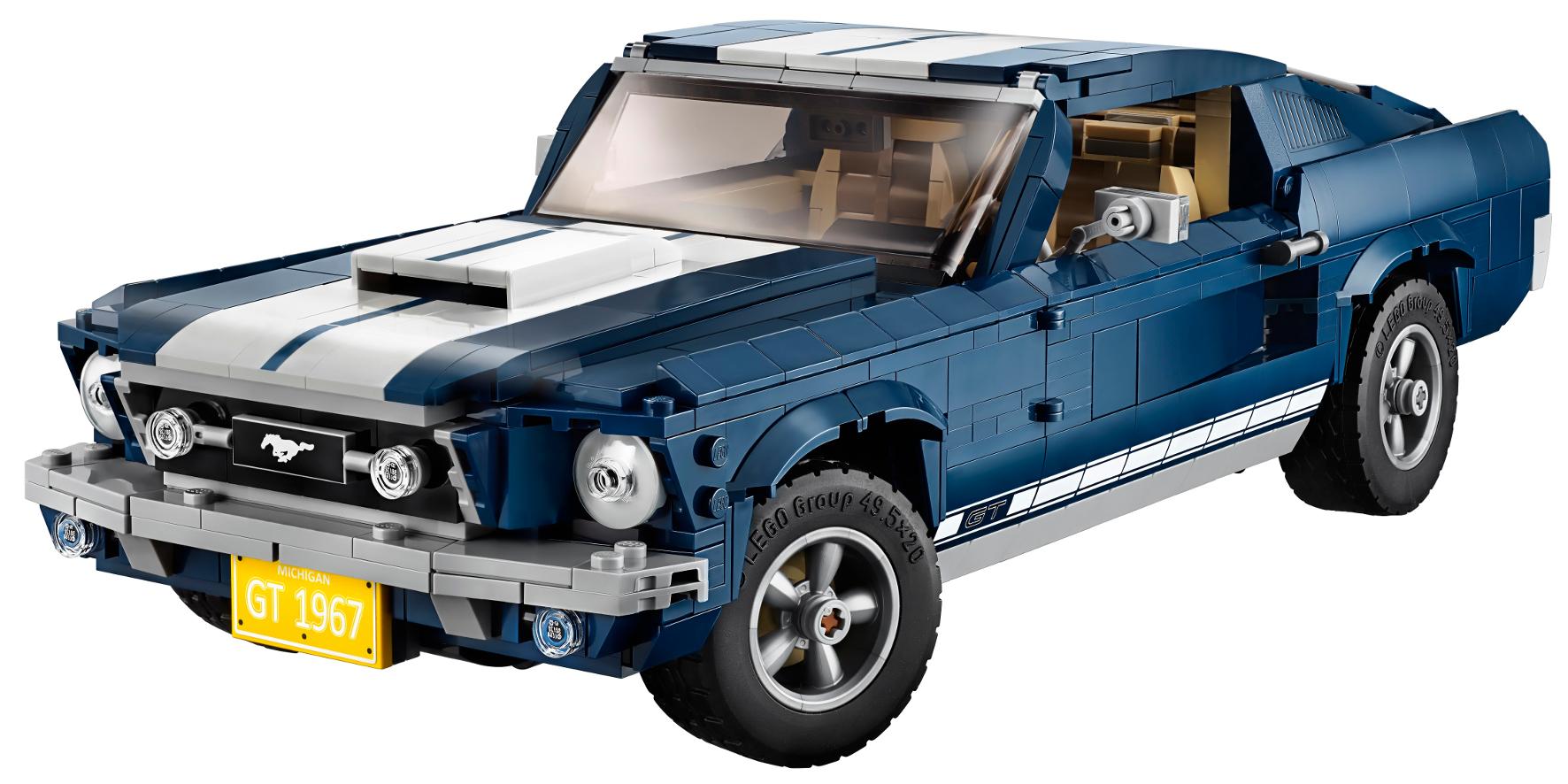Auch das Nummernschild darf nicht fehlen. Die Strategen von Ford und Lego haben beim Bausatz des legendären Mustang GT Fastback aus dem Jahr 1967 an zahlreiche Details gedacht.