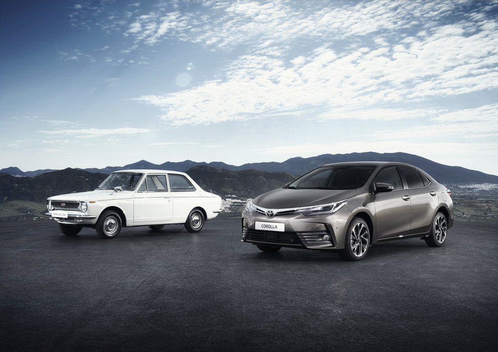 Toyota Corolla der ersten und der elften Generation.