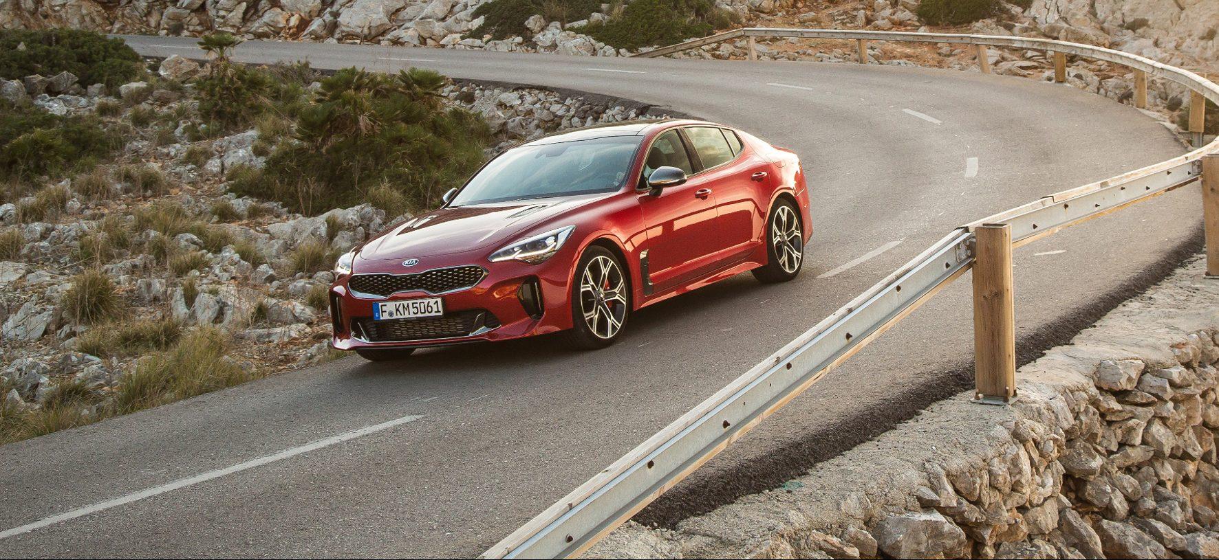 Kia bietet zum GT Alternativen. Die Vierzylinder Varianten haben 200 PS (Diesel) oder 245 PS (Benziner).