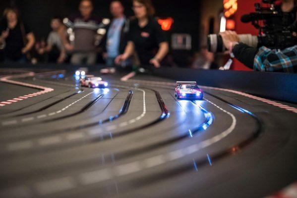 78 Carrera-Piloten kämpften um den Champion-Titel