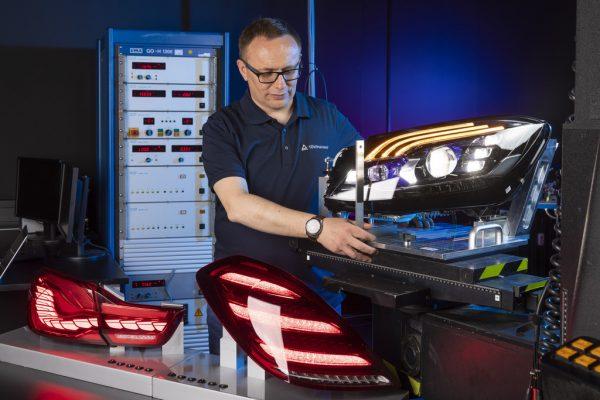 TÜV eröffnet neues Lichtlabor: