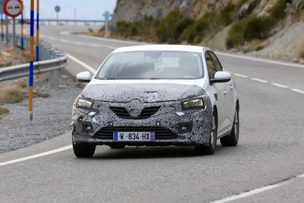 Erlkönig: Renault Mégane Facelift
