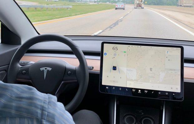 Für Tesla scheint es diesmal wirklich ernst zu werden