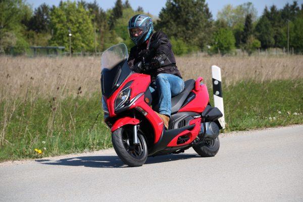Grand Dink 300i ABS: Jubiläums-Roller von Kymco