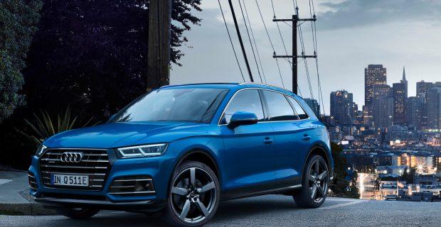 Die Systemleistung des Hybrid-SUV beträgt 270 kW/367 PS mit einem Gesamtdrehmoment von 500 Newtonmeter.