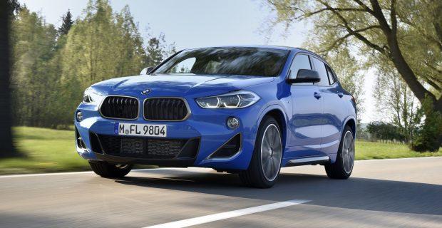 Leicht tiefergelegt: Der M35i ist das neue Spitzenmodell in der X2-Baureihe.