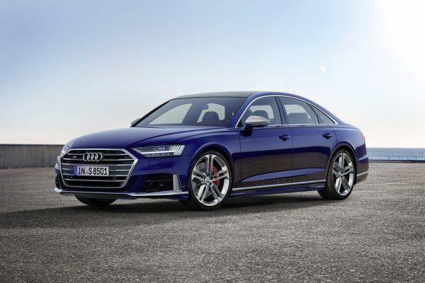 Audi S8.
