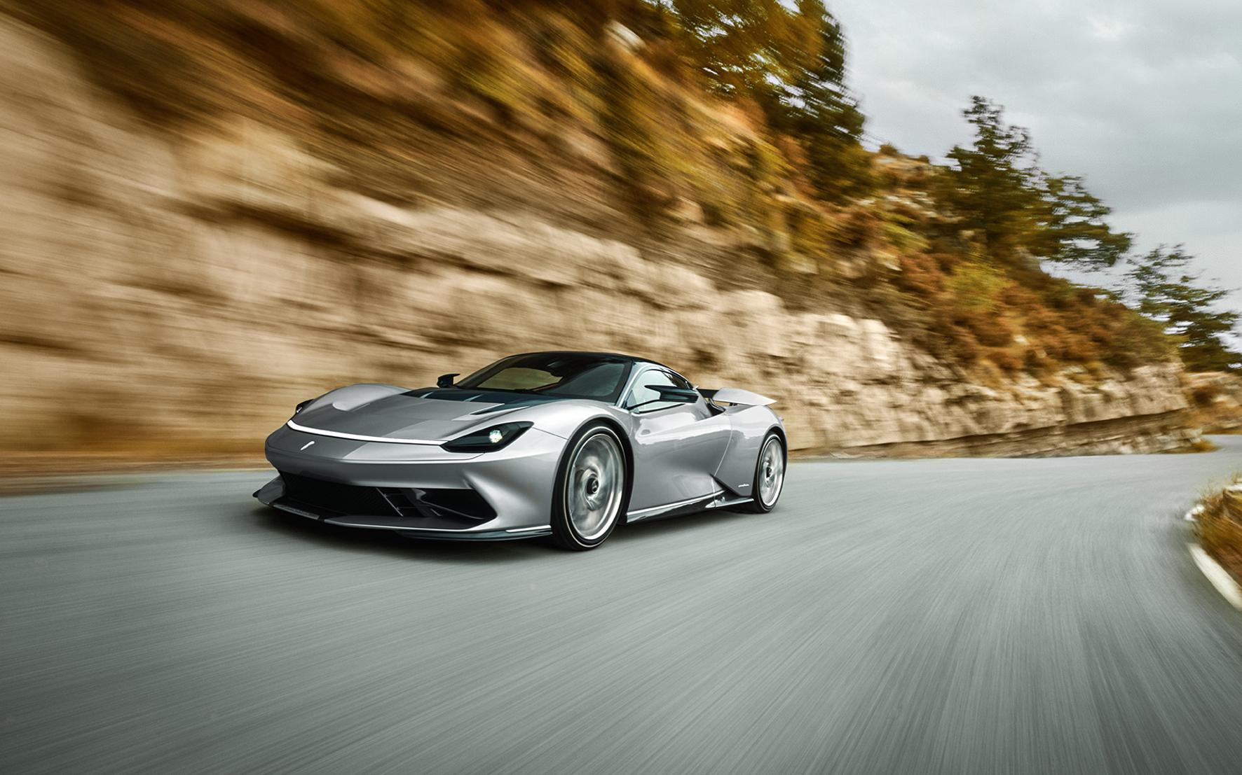 Klassiker-Karriere vorgezeichnet: das Edel-Design des Pininfarina bezaubert.