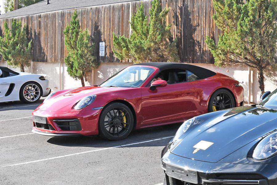 Porsche 911 GTS Cabriolet.