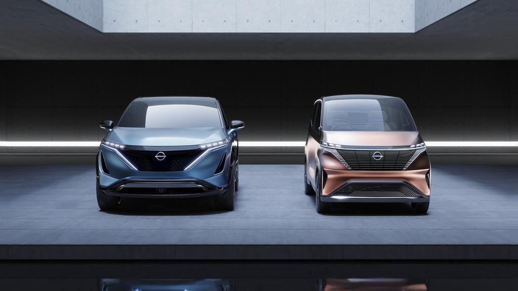 Nissan Ariya Concept und IMk Concept (von links).