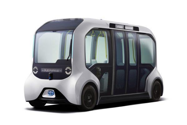 Toyota befördert Athleten im autonomen Taxi