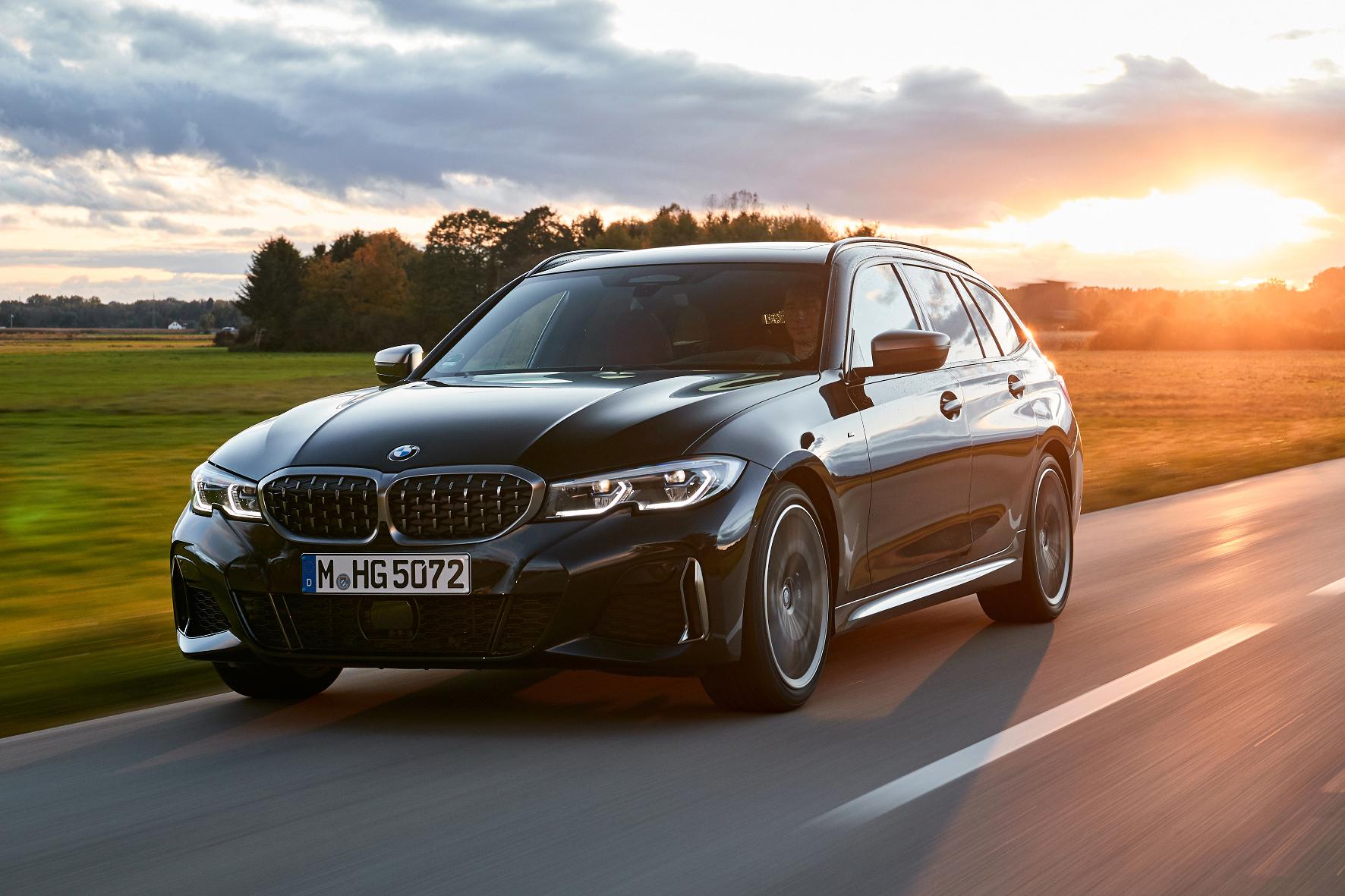 Den neuen BMW M340i xDrive gibt es als Limousine oder Touring (Foto).