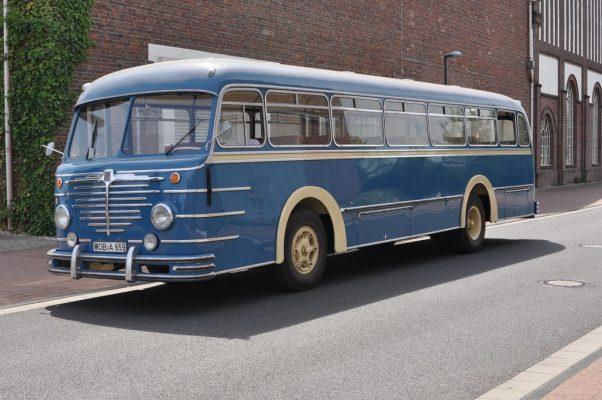Büssing-Bus von 1955, der bis in die späten 1970er-Jahre bei Volkswagen als Werksbus im Einsatz war.