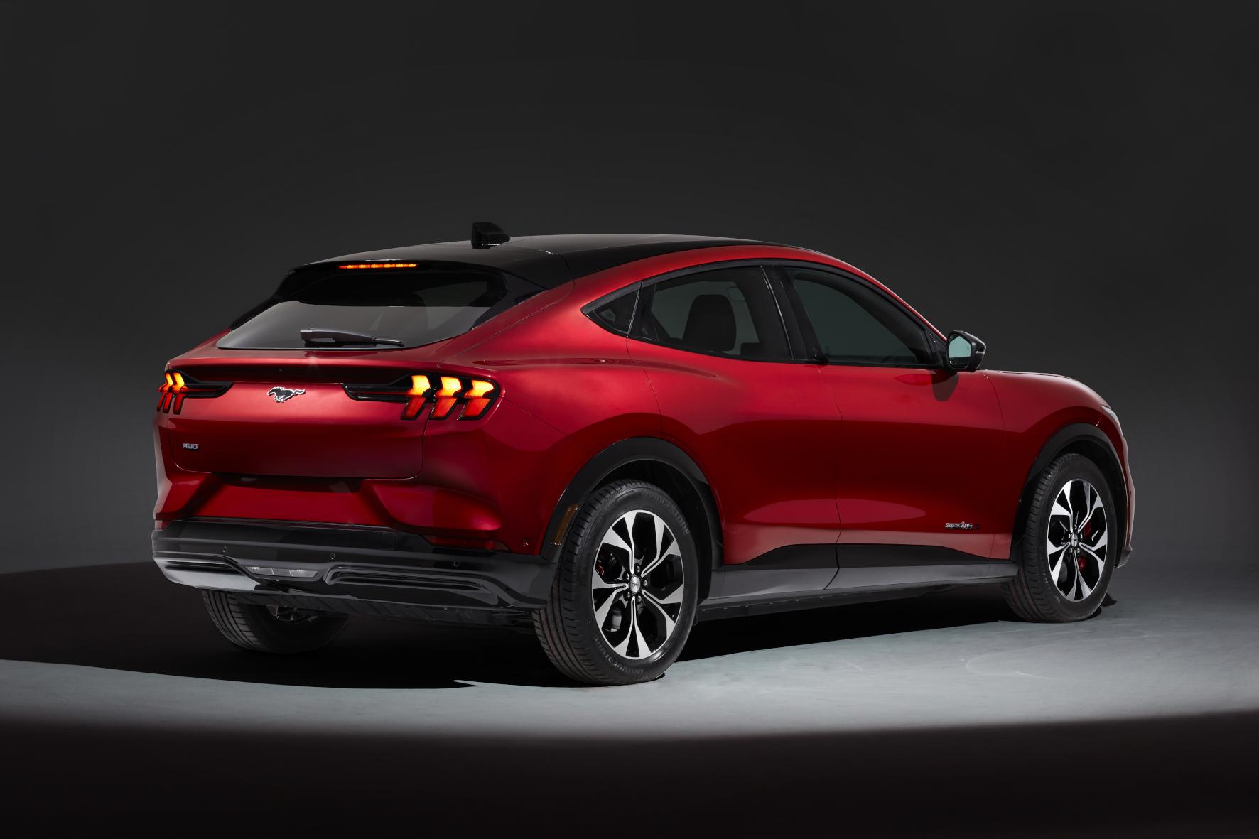 Angesagt: Der Design-Stil im Look eines SUV-Coupés.