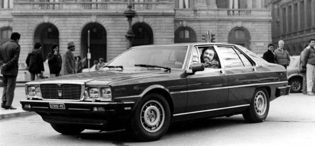 Maserati Quattroporte mit Luciano Pavarotti, 1985.