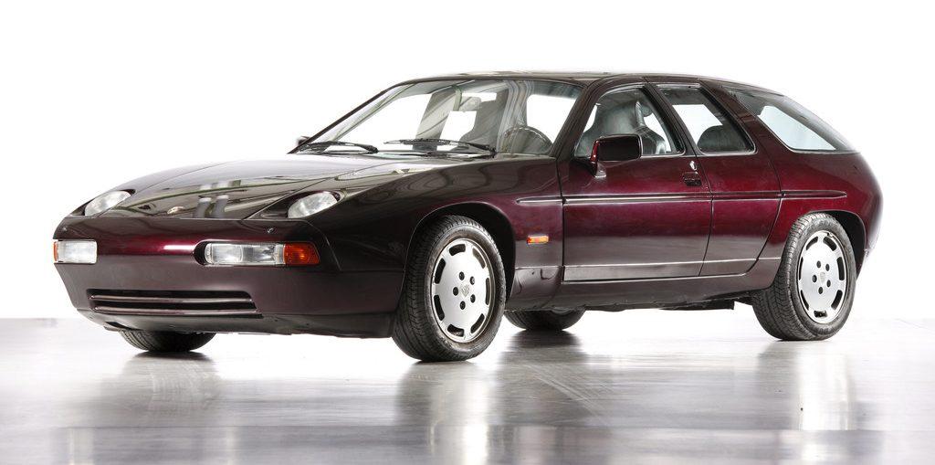 Viertüriger Porsche-Prototyp aus den 1980er Jahren auf Basis des 928.