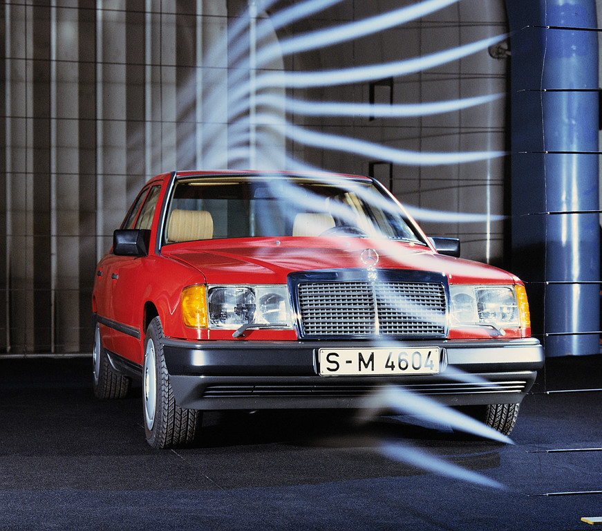 Vor 35 Jahren: Mercedes-Benz W124 als neue Mittelklasse.