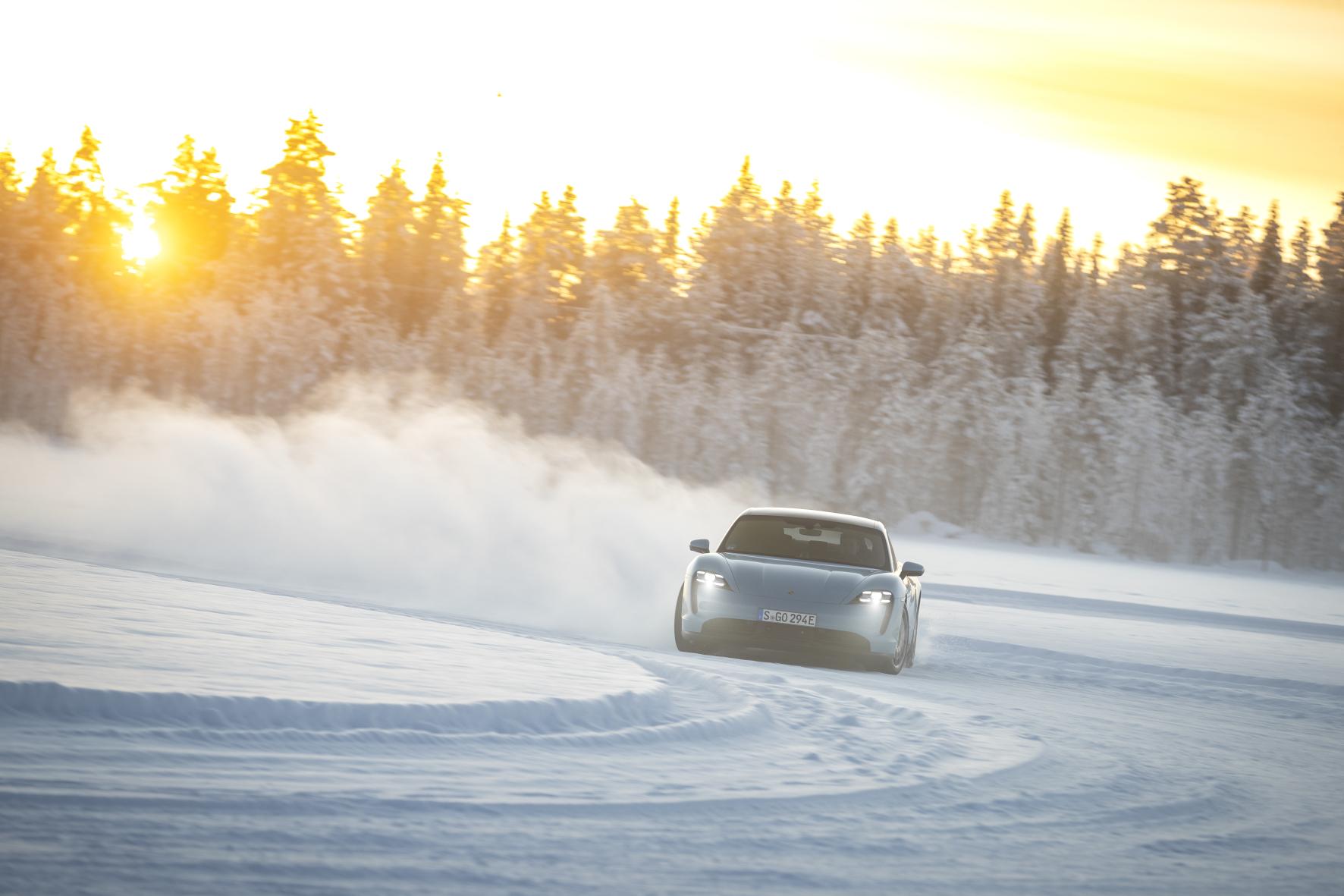 Test unter härtesten Bedingungen: Das Porsche-Testgelände liegt im Polarkreis.