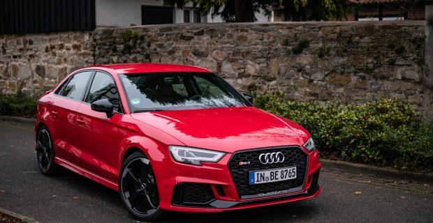 Audi RS3 Limousine.