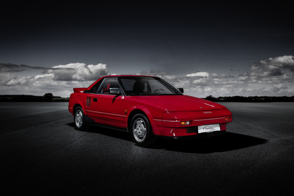Toyota MR2 (1984).