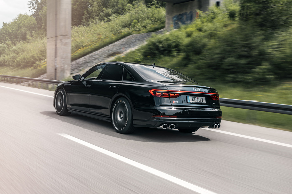 Abt Audi S8.