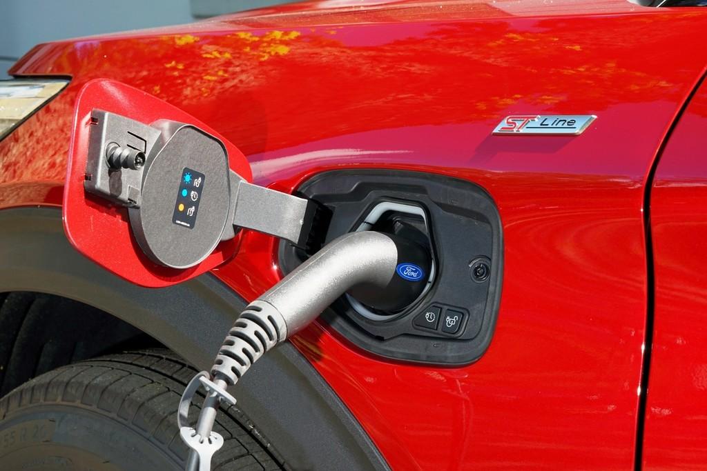 Plug-In Hybrid Auto