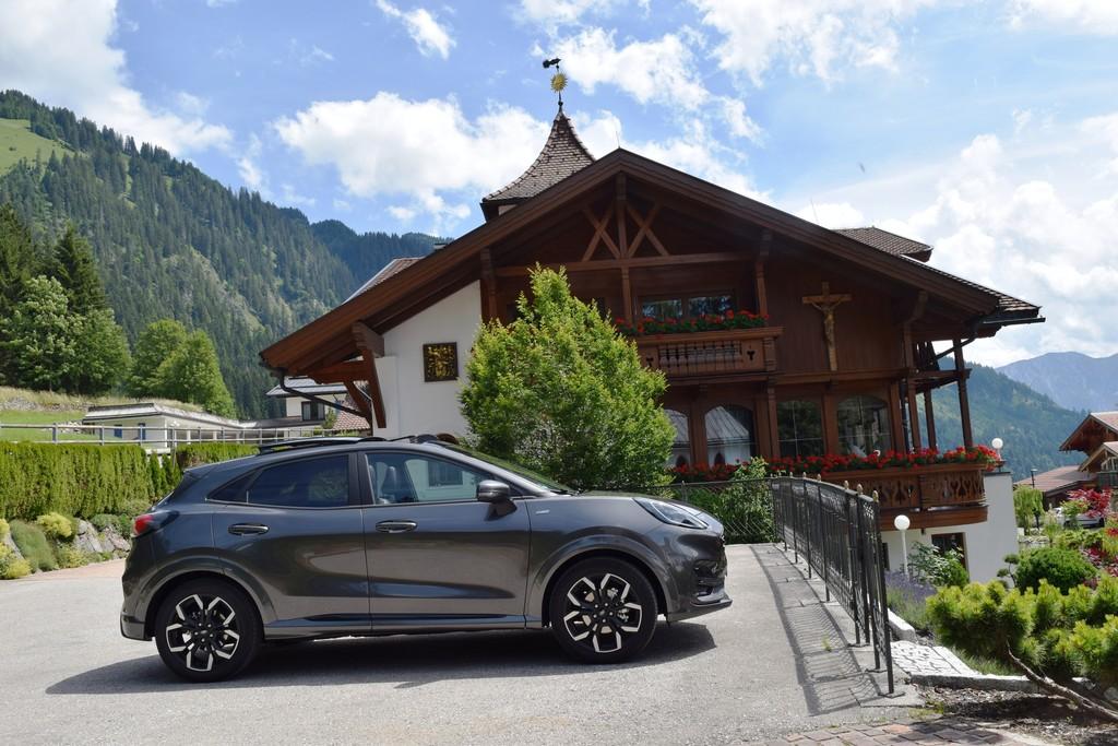 Ford Puma in Startaufstellung am Sunneschlössli.