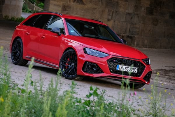 Audi RS 4 Avant: Reisen im tangoroten Bereich