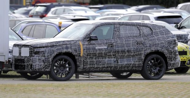 BMW X8 Erlkönig: Neues SUV-Flaggschiff