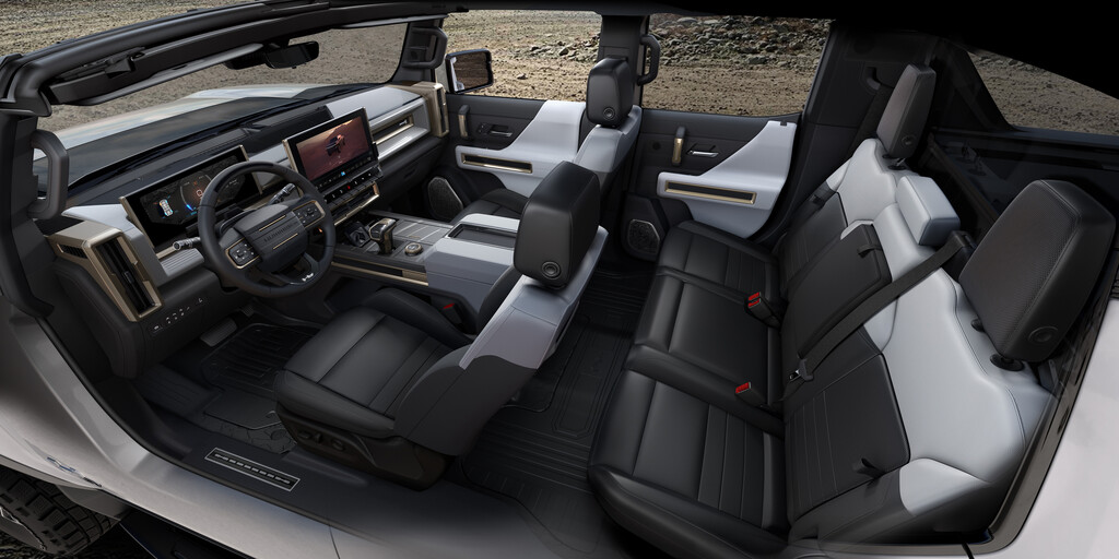 GMC Hummer EV.