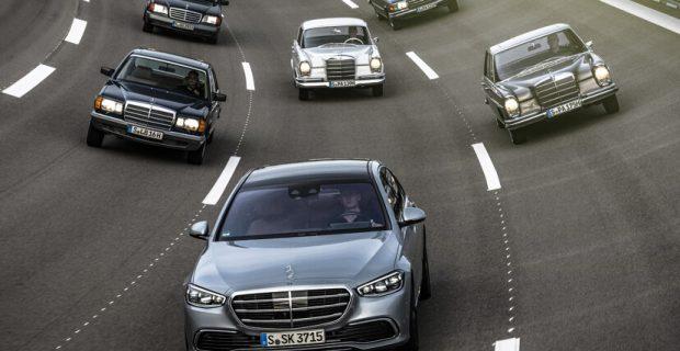 Sechs Modellgenerationen Mercedes-Benz S-Klasse.