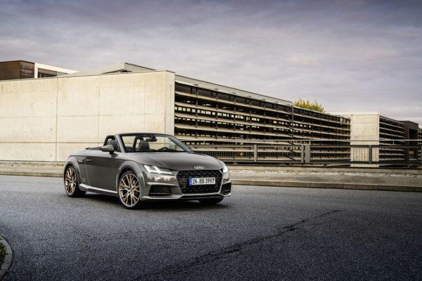Audi TT und TTS mit Akzenten in Bronze