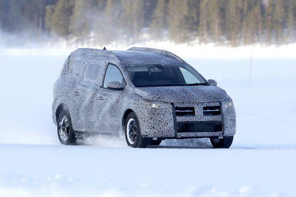 Dacia Logan MCV in Camouflage-Folie