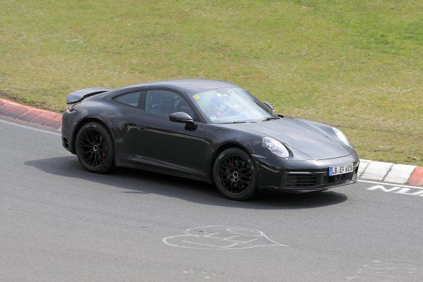 Mehr Fotos vom Porsche 911 Safari mit mehr Bodenfreiheit