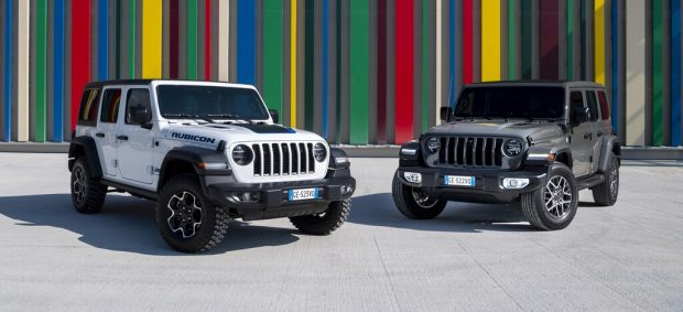 Jeep Wrangler 4xe Rubicon (l) und Sahara
