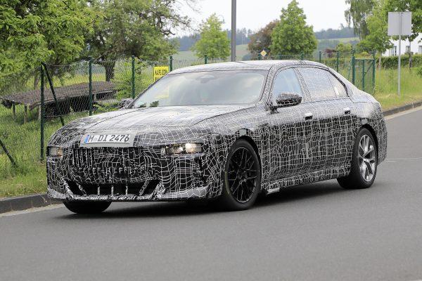 Neuer BMW 7er fast ganz ohne Tarnung