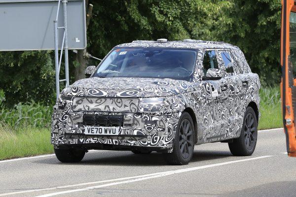 Kommender Land Rover Range Rover Sport fotografiert