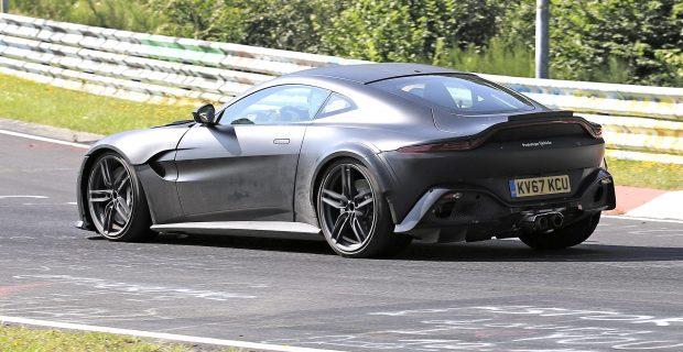 Aston Martin Vantage RS 008